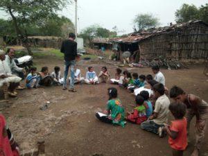 Hilfebedürftige in Indien